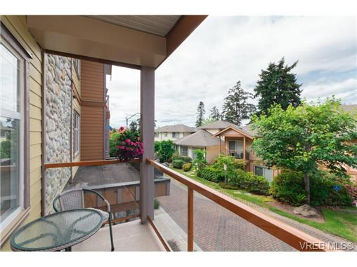 205 1959 Polo Park Crt - CS Saanichton Condo Apartment for sale, 2 Bedrooms (365888) #18