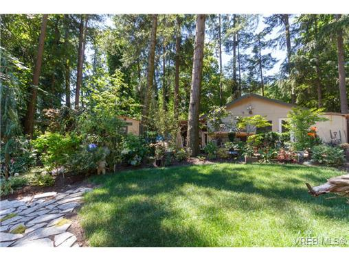 9510 West Saanich Rd - NS Ardmore Single Family Detached for sale, 3 Bedrooms (366892) #18