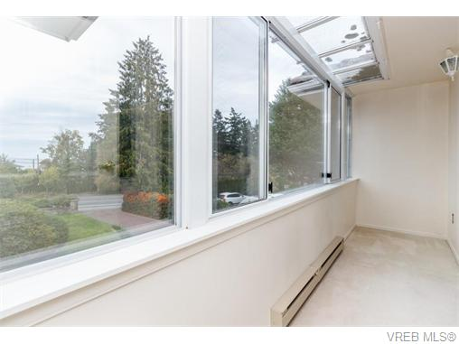 4918 Cordova Bay Rd - SE Cordova Bay Single Family Detached for sale, 5 Bedrooms (370370) #12