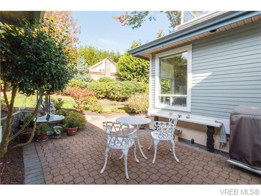 19 5187 Cordova Bay Rd - SE Cordova Bay Townhouse for sale, 3 Bedrooms (371087) #19