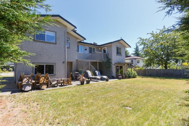 7964 Galbraith Cres - CS Saanichton Single Family Detached for sale, 4 Bedrooms (380473) #20