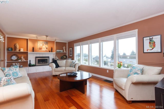 8850 Moresby Park Terr - NS Dean Park Single Family Detached for sale, 4 Bedrooms (388184) #3