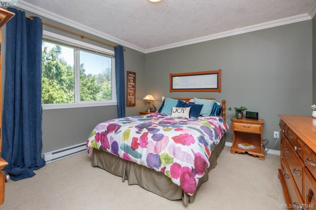 1104 Holly Park Rd - CS Brentwood Bay Single Family Detached for sale, 5 Bedrooms (390948) #10