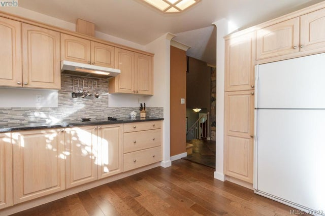 1149 Sluggett Rd - CS Brentwood Bay Single Family Detached for sale, 3 Bedrooms (400872) #17