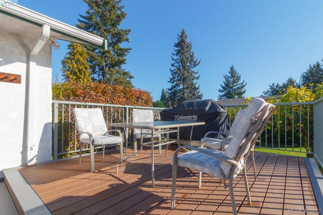 1149 Sluggett Rd - CS Brentwood Bay Single Family Detached for sale, 3 Bedrooms (400872) #43