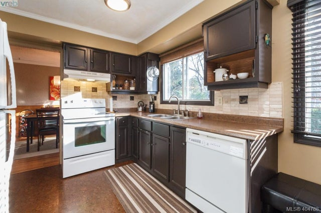 2955 Mount Wells Dr - La Goldstream Single Family Detached for sale, 4 Bedrooms (404788) #11