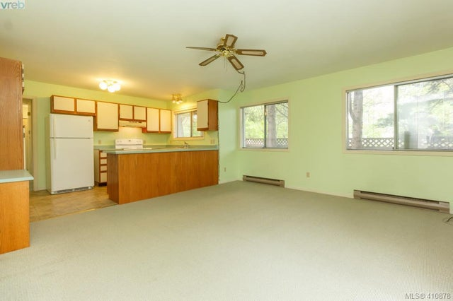 4117 Larchwood Dr - SE Lambrick Park Single Family Detached for sale, 3 Bedrooms (410878) #12