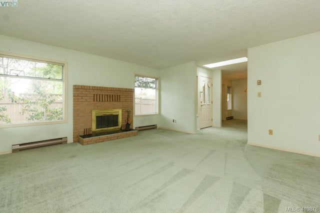4117 Larchwood Dr - SE Lambrick Park Single Family Detached for sale, 3 Bedrooms (410878) #4