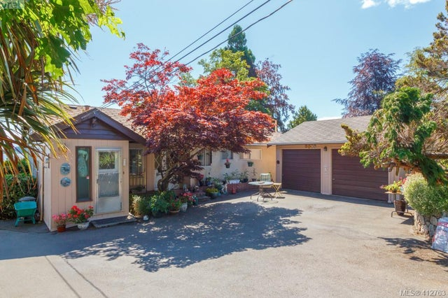 8657 Lochside Dr - NS Bazan Bay Single Family Detached for sale, 2 Bedrooms (412763) #2