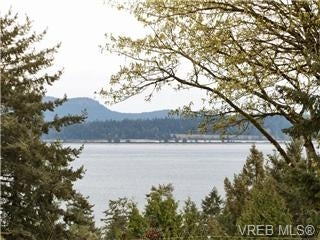 8565 Emard Terr V8L 1K2 NS Bazan Bay-North Saanich - NS Bazan Bay Single Family Detached for sale, 6 Bedrooms (361837) #17